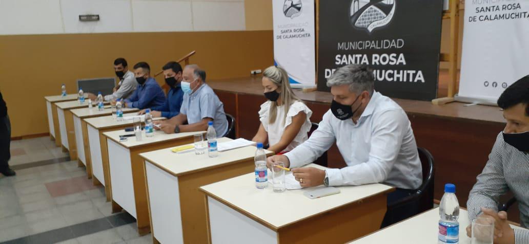 autoridades santa rosa conferencia de prensa verano 2021