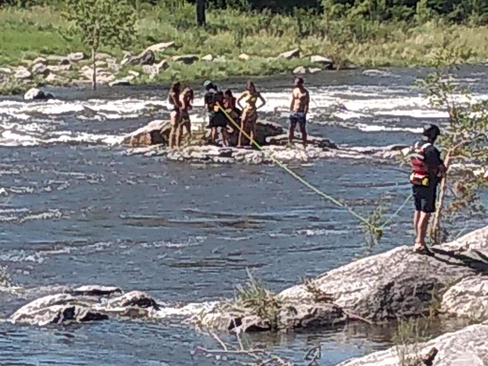 Rescate bomberos rio santa rosa 2