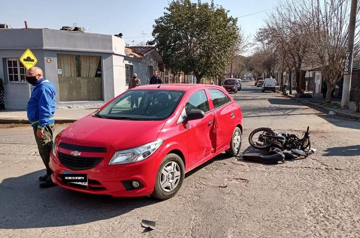 ACCIDENTE MOTO AUTO STA ROSA 03