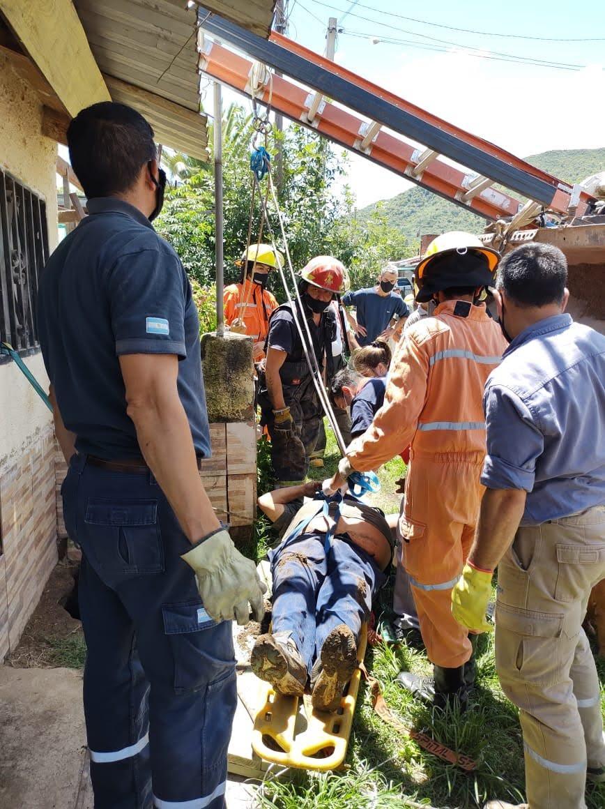 Rescate de persona en un aljibe en Santa Rosa de Calamuchita