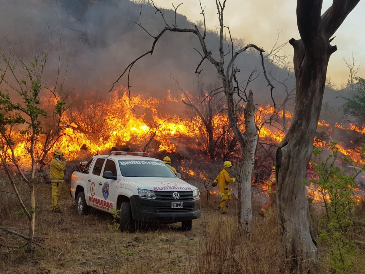 incendio bomberos rumipal
