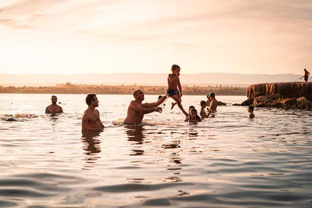 lago villa rumipal turistas