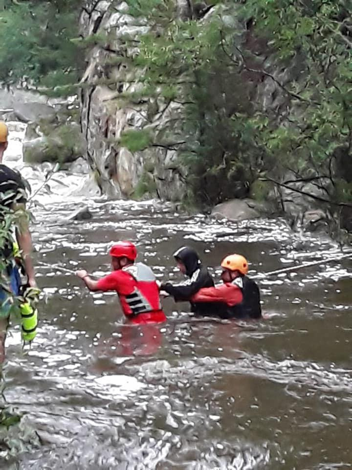 rescate rio cumbrecita